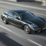 Плюс шість дюймів: тест Porsche Panamera 4S Executive