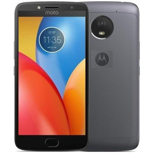 В Україні стартували продажі доступного смартфона Motorola Moto E4