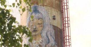Робот-художник створює 30-метрові графіті