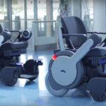 В аеропорту Токіо почали їздити «розумні» крісла