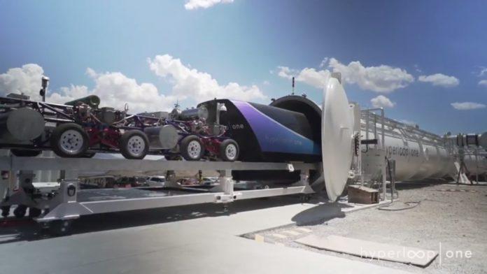 Hyperloop One розігнала свою капсулу до 309 кілометрів на годину