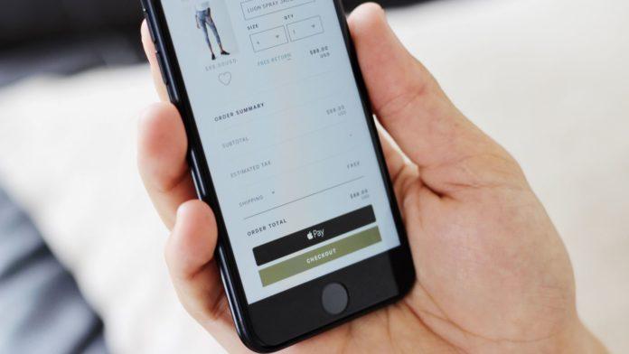 В iPhone 8, iPhone 8 Plus X і iPhone розширили можливості NFC