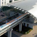 Мережа високошвидкісного залізничного транспорту поширюється в багатьох країнах