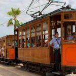 Старовинний поїзд з Пальми в Сойєр