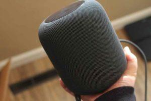 Apple продає HomePod з бета-версією iOS 11.2.5 на борту