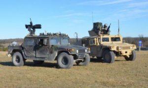 Армія США випробує роботизований автомобіль Humvee з кулеметом ARAS